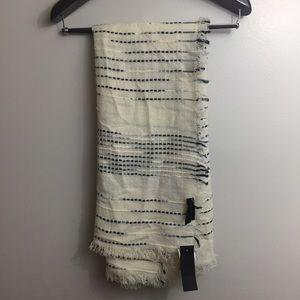 Steve Madden blanket scarf/wrap